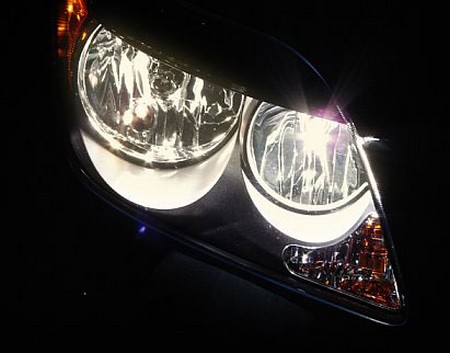 Halogen Light For Cars >> Which Type Of Headlights Are Right For Your Car